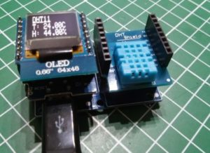 "Wemos D1 mini mit DHT11 und 0,66"" OLED Display Shield"